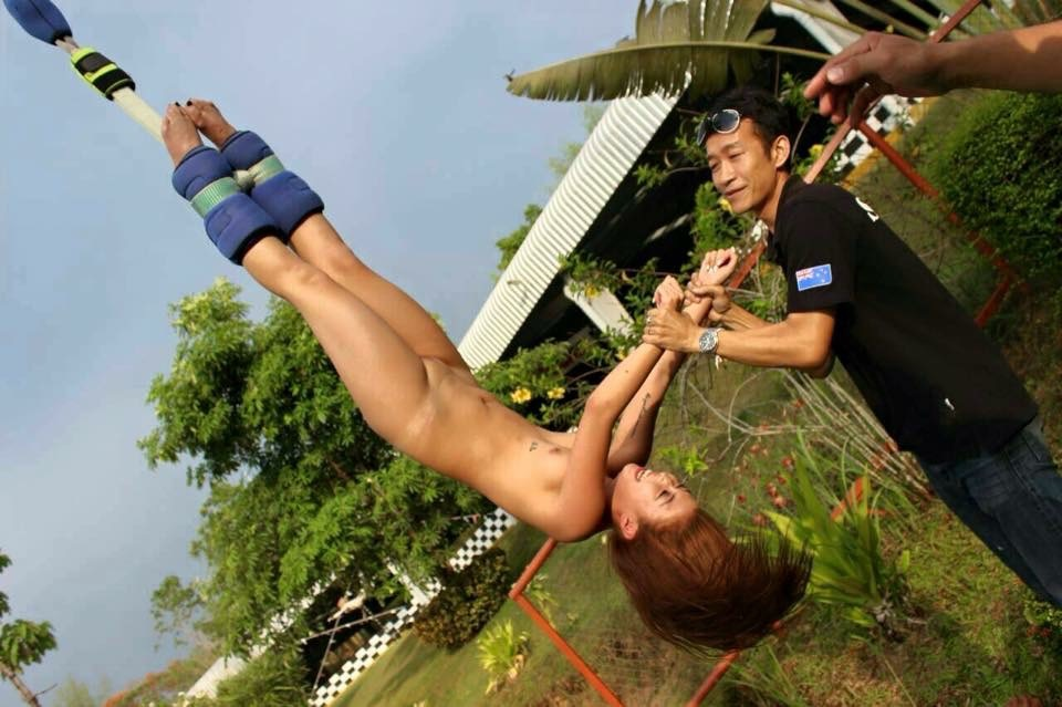 nude bungee jumping